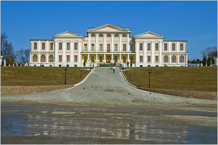 Усадьба Дубровицы. Главный дом