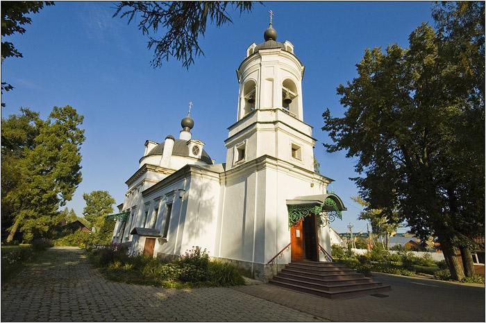 Усадьба Остафьево. Церковь